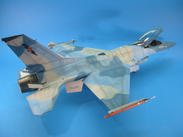 F-16 (6096)