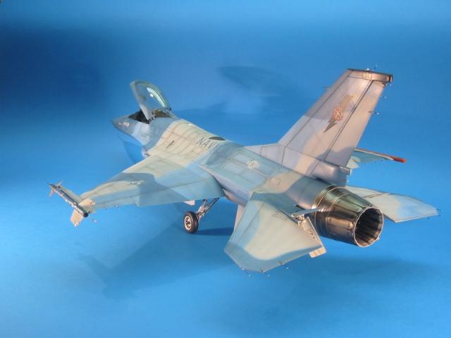 F-16 (6102)