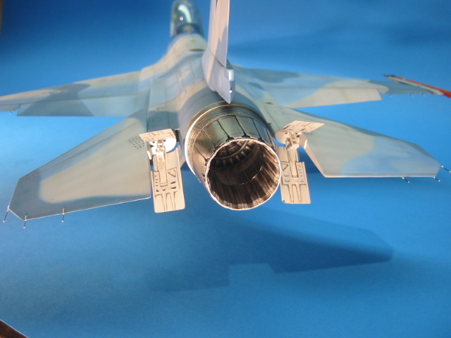 F-16 (6106)
