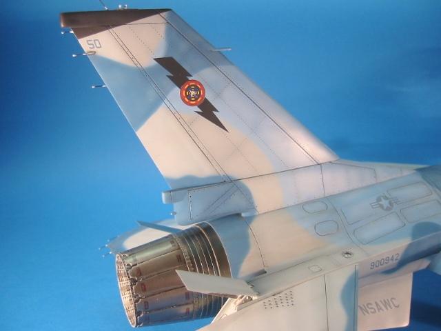 F-16 (6113)