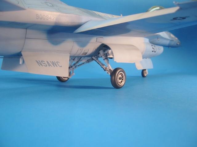 F-16 (6114)