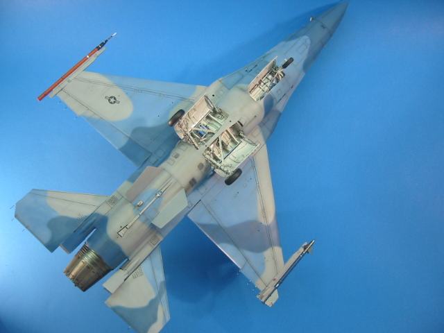 F-16 (6115)